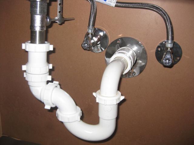 How to Detect a Silent Toilet Leak Thumbnail